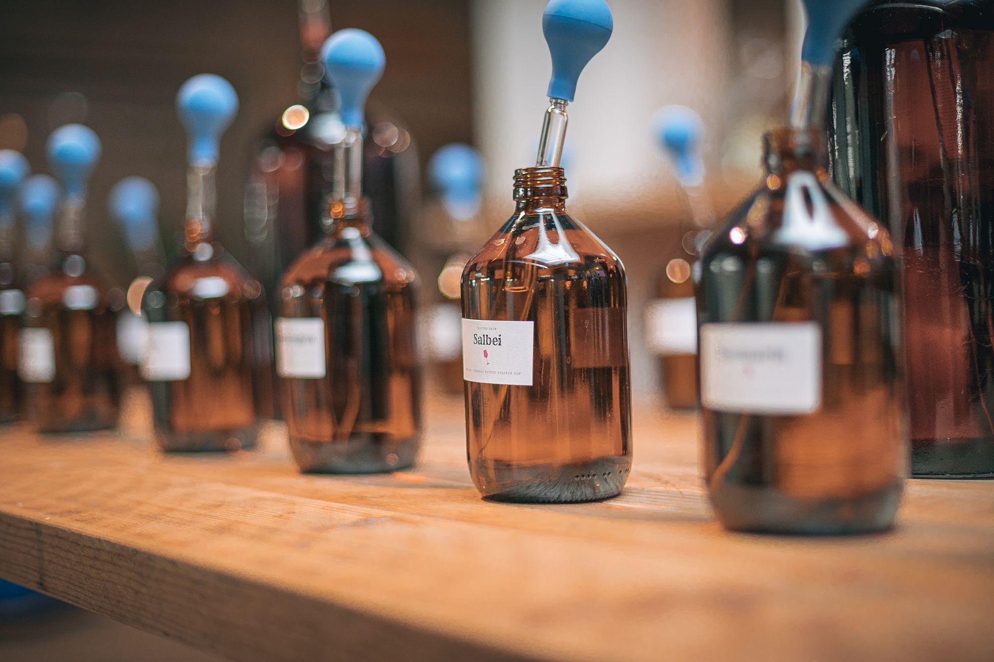 Gin Tasting - Kreiere deinen eigenen Gin (inkl. 0,5 L Flasche eigener Gin)